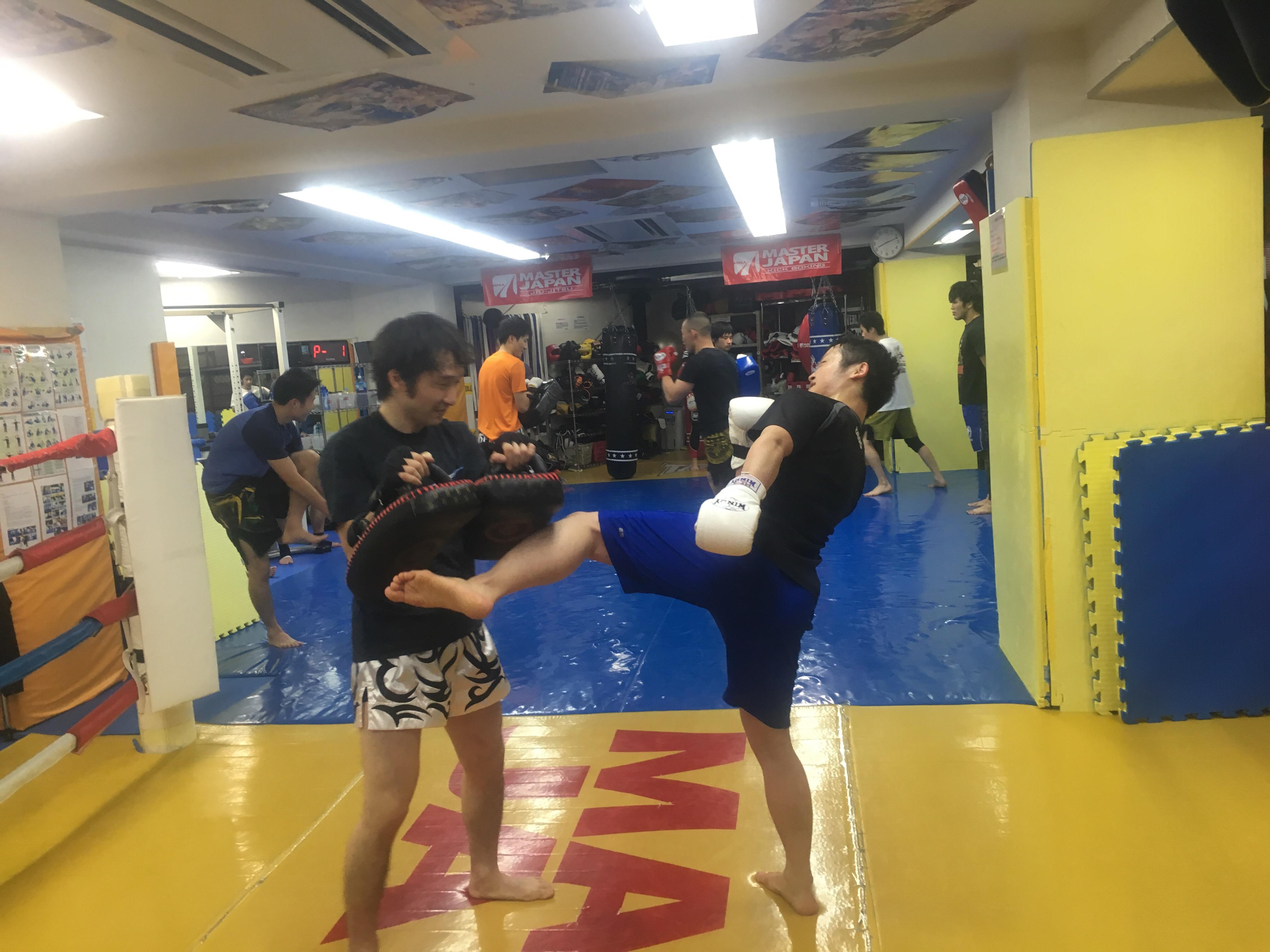 月曜キックボクシング